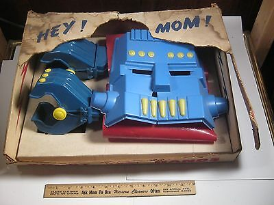 Kilgore Robot Hands No. 610 Made in USA 1958  Vintage Toy Space