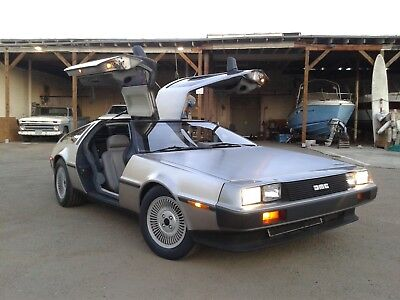 1982 DeLorean DMC-12  1982 DeLorean DMC-12