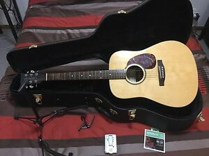 Acoustic Guitar, hard case, tuner and capo Carindale Brisbane South East Preview