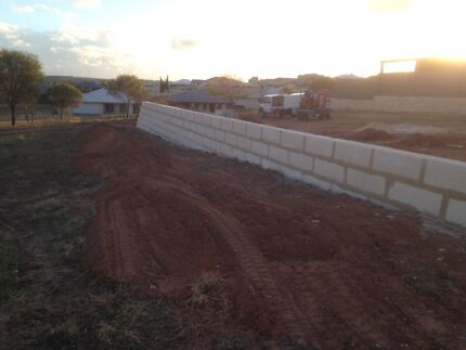 Bricklaying /paving / lime stone / fencing / landscaping  Northam 6401 Northam Area Preview