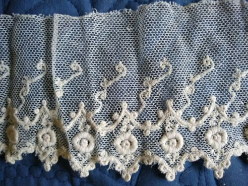 "ANTIQUE/VINTAGE LENGTH OF EMBROIDERED COTTON NET LACE~85"" x 3 3/4""~UNUSED"
