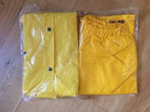 Waterproof Jacket and Pants XXL Williamstown Hobsons Bay Area Preview