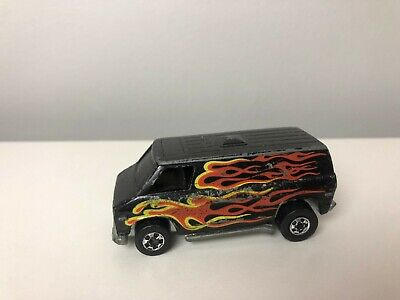 1977 Hot Wheels Flying Colors Super Van With Flames Black Wall