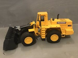 1:50 HEAVY DIE CAST METAL JOAL WHEEL LOADER