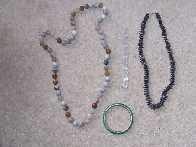 4 vintage costume jewellery 2 necklaces with glass beads 2 bracelets one silver for sale  Shipping to Nigeria