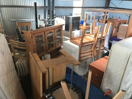 Massive garage shed sale SUNDAY 9am-12noon enoggera