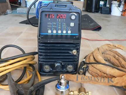 MILLER Maxstar 200, dc tig and stick welder