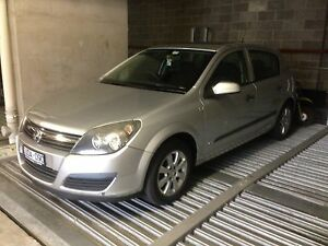 2007 Holden Astra Hatchback Roxburgh Park Hume Area Preview