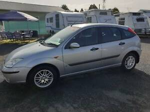 2004 Ford Focus LX Automatic Hatchback