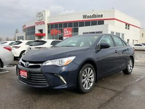 2015 Toyota Camry XLE Leather / Moonroof