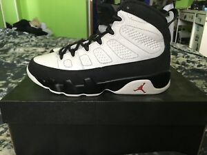 AIR JORDANS SIZE 8 CLEANING CLOSET