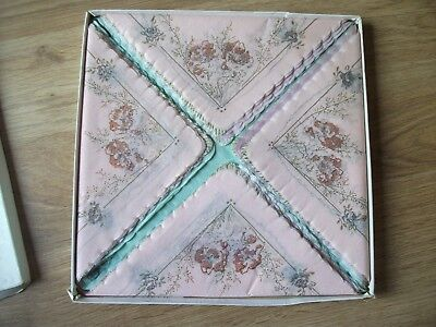 Vintage New boxed  30 paper serviettes  in pastel shades