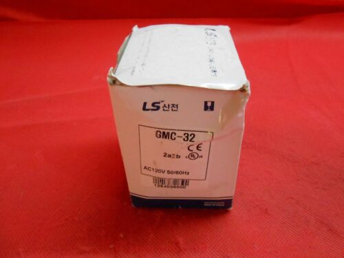 LS INDUSTRIES  GMC-32  CONTACTOR   3-POLE 32AMP  W/  240vAC COIL - NEW IN BOX