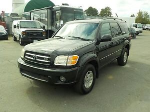 2002 Toyota Sequoia Limited 4WD 3rd Row Seating