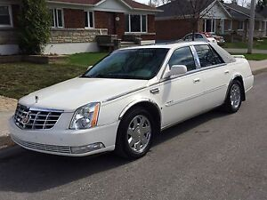 2007 Cadillac Deville DTS Northstar V8 - low mileage!