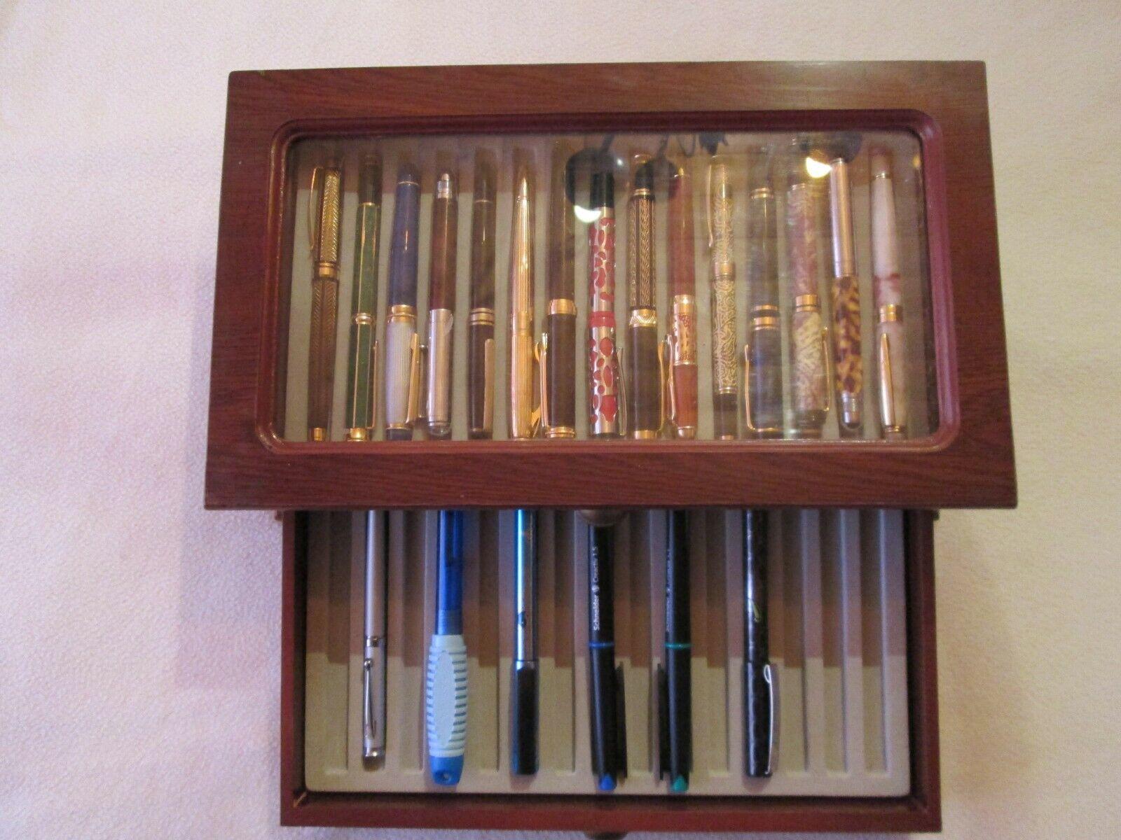 Füller Sammlung in schöner Holzbox
