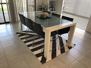 White Dining Table Baldivis Rockingham Area Preview