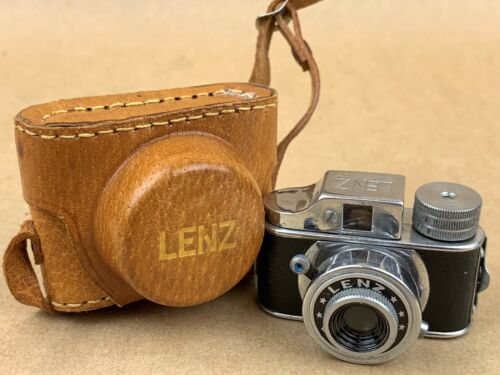 LENZ Hit Type Vintage Subminiature Camera w/Leather Case - NICE  !