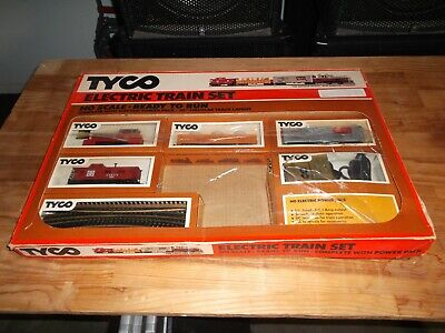 """Vintage Tyco HO Scale Electric Train Set """"The Switcher Freight"""" No. 7300"""