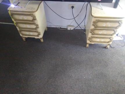Bulk lot furniture$100 the lot