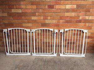 Dream baby safety gates