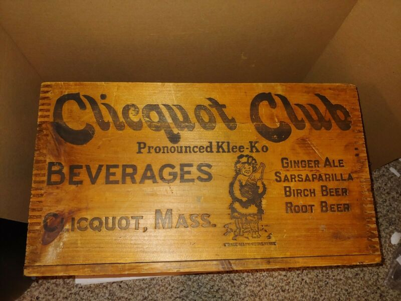 Vintage 1920s Clicquot Club Wood Soda Crate,Massachusetts,Birch,Root Beer,Ginger