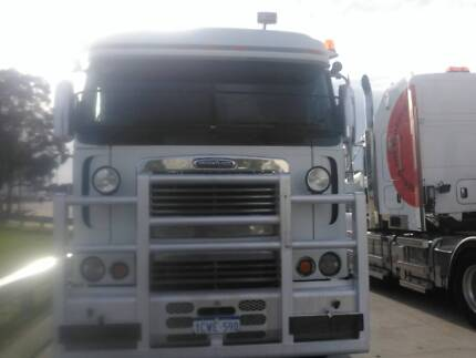 FREIGHTLINER ARGOSY. ROAD TRAIN B DOUBLE. LOW KMS. VGC 2007 PTO