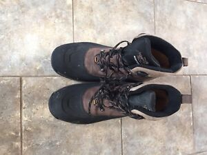 North Face Men's winter hiking boots - size 12