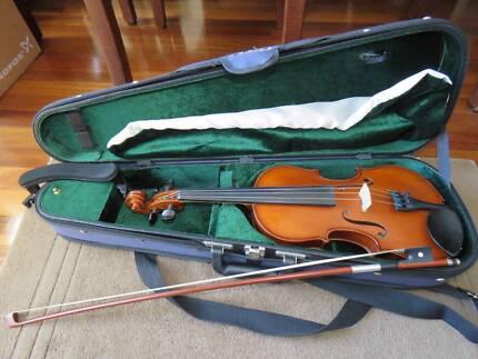 Violin Gliga iii 3/4 size excellent condition rest, bow, bag