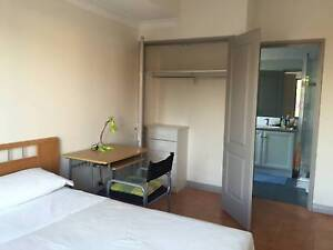 ROOM IN WEMBLEY NEAR LAKE MONGER Wembley Cambridge Area Preview