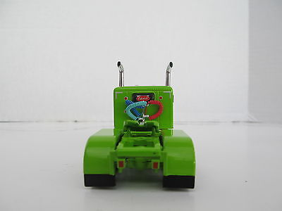 DCP 1/64 SCALE 379 PETERBILT SMALL BUNK (DAY CAB OPT) LIME GREEN W WHITE STRIPE  2