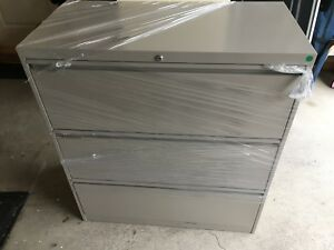 Filing Cabinet- Like New