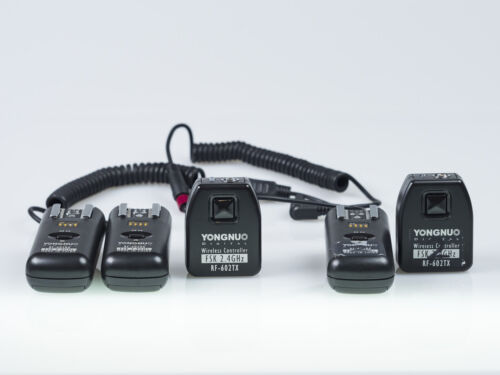 Yongnuo RF-602 Wireless Flash Triggers, 2 triggers, 3 receivers, cables 2.4GHz