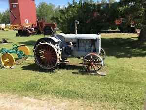 Antique tractor wanted