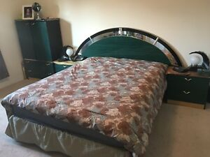 7PC Queen Bed Set With Mattress & Lamps