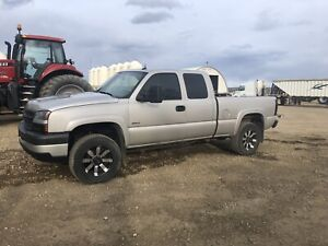 2004 chevy 2500 4x4 value