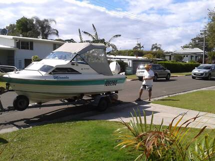 fiberglass half-cabin fishing boat  w/ johnson 90HP outboard