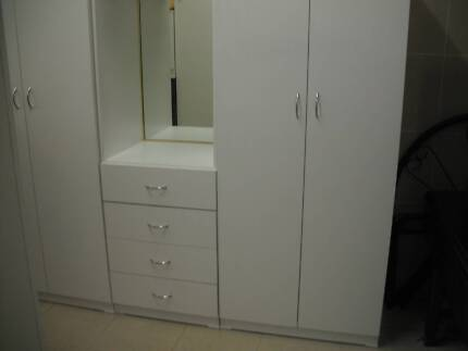 NEW*CUSTOM MADE*3 PIECE WARDROBE*MIRROR*4 DRAWER*FULLY ASSEMBLED