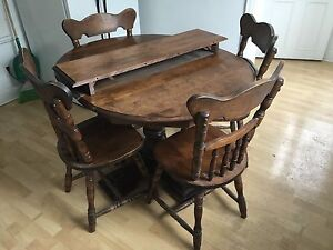 Vintage Solid Oak Wood Dining Table 4 Chairs Mint Top - $275.00