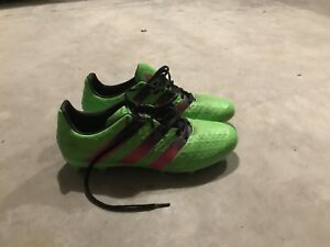 Men's Adidas Soccer Cleats size 7.5