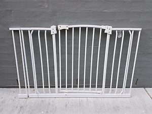 2 Baby Gates with 4 extentions Mountain Creek Maroochydore Area Preview