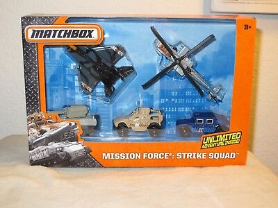 2013 Matchbox Mission Force Arctic Crew TRANSPORT HELICOPTER Loose WHITE