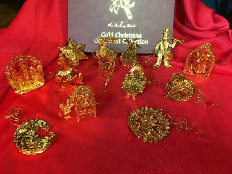2004 Danbury Mint Gold Ornaments - Complete set of 12