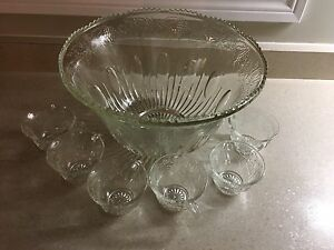 Glass Punch Bowl with 6 glasses