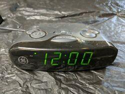 General Electric GE 7-4837B AM/FM Digital Alarm Clock Radio Green Large Display