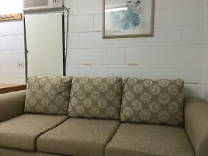 2 rooms for rent Aitkenvale Townsville City Preview