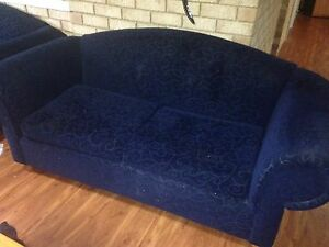 $200 for 2x  2 1/2 seater lounges Kingsley Joondalup Area Preview
