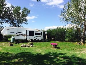 Fully Serviced RV Pads #2 highway near Nanton