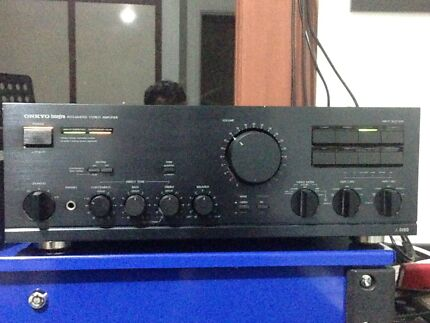 Onkyo A-8190 integrated stereo amplifier