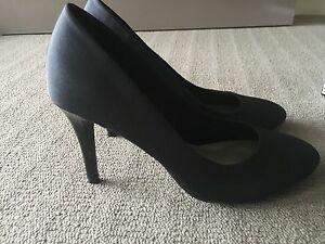 Black Shoes Size 8 Cessnock Cessnock Area Preview